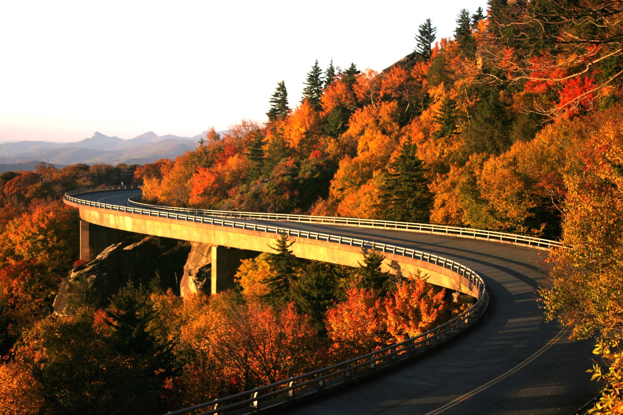 25) The Blue Ridge Parkway (Va & SC) which I drove along