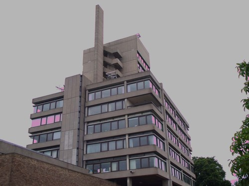 9) Sir Charles Wilson building, Leicester University